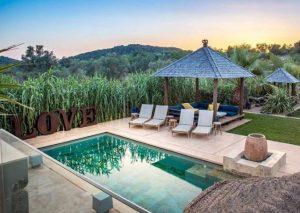 Terraza exterior ibicenca LA-RESIDENCIA-GIRI en Ibiza