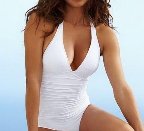 traje de baño mujer blanco